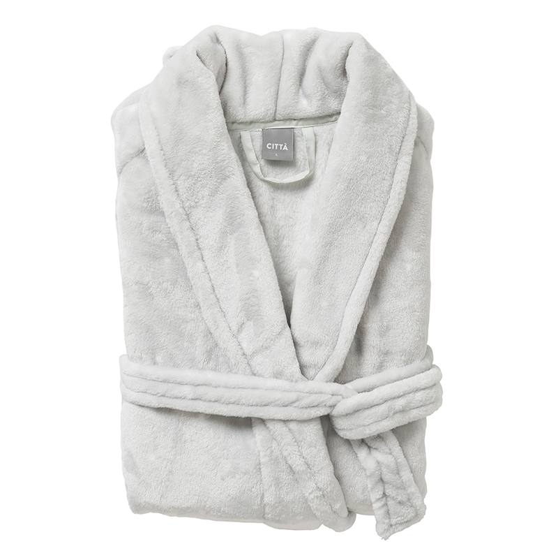Women's spotted dressing gown