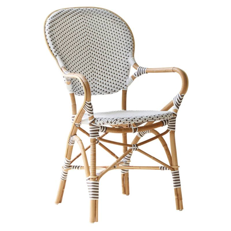 Outdoor arm chair with rattan frame