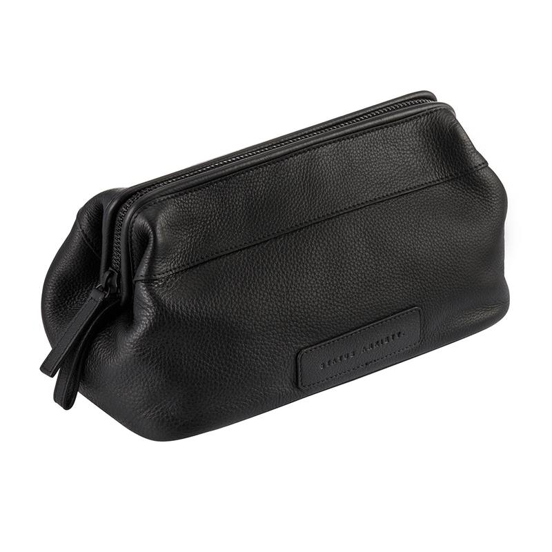 Liability leather toiletry bag