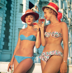 Slim Aarons 'Sundowners' photographic print