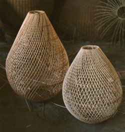 Teardrop rattan light shade